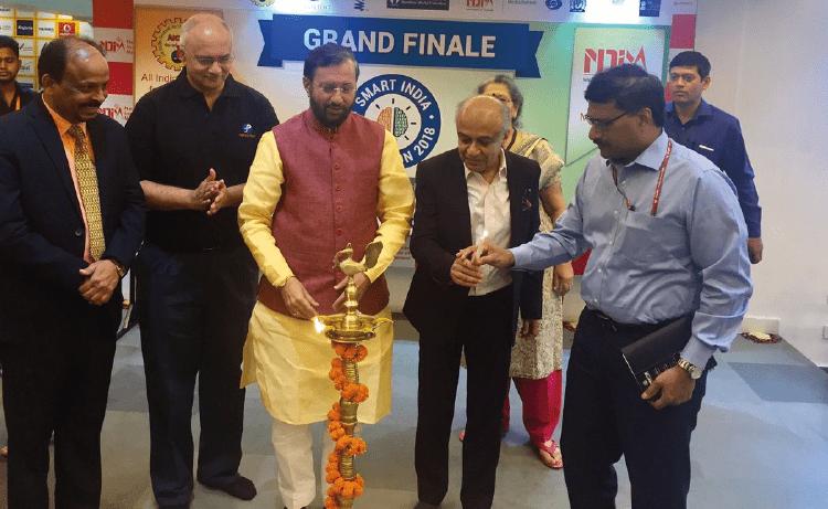 Inauguration of Grand Finale by, Shri Prakash Javadekar, Hon'ble Minister HRD